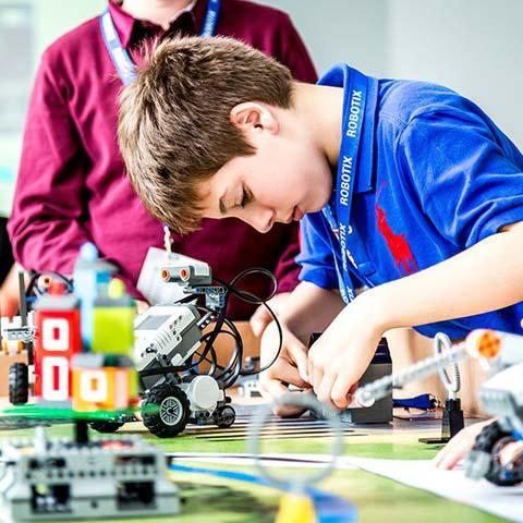 Academia de robótica, programacion e impresión 3D